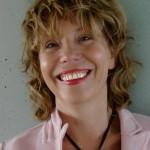 Heleen Riper, PhD, psycholoog. Werkzaam als hoogleraar E-mental Health op de afdeling Klinische Psychologie, faculteit der Gedrags- en Bewegingswetenschappen van de Vrije Universiteit Amsterdam.